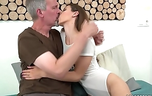 Last fuck with an old guy