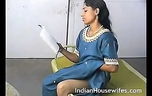Amateur Indian Housewife Reading Dirty Magazing With an increment of Rubbing Pussy