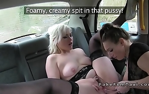 Alt female cab driver fingers ass to blonde